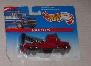 1997 MATTEL HOT WHEELS HAULERS WRECKER MOC diecast