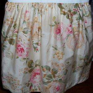 New Ralph Lauren Woodstock Garden Queen Bedskirt
