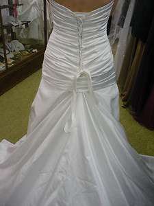 NWT Maggie Sottero Auril #J1313 Diamond White Satin Size 8 Wedding