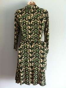NWT DVF Diane Von Furstenberg Size 8 Wrap Dress 100% Silk Megan Green