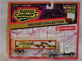 Road Champs Die Cast Semi Truck & Trailer Reeses Pieces Ho Scale