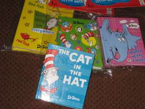 Dr Seuss Cat in Hat ~ NEW ~ Favors Mini Books Sam I Am Horton Fish