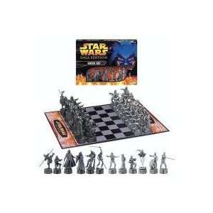 BN4 STAR WARS CHESS SET MIB SAGA EDITION