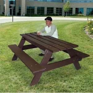 Budget Recycled Plastic Tables Patio, Lawn & Garden