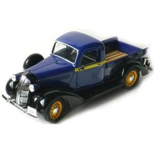 Dodge Pickup Truck Blue 1/32 by Signature Models 32383 Toys & Games