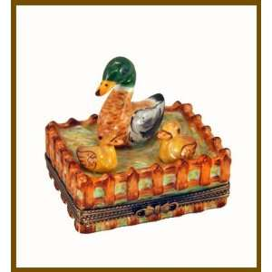 Mother Duck w/ Baby Ducks French Limoges Box