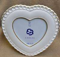 PS Casual Heart Shaped Table Top Frame White Porcelain Golden Trim 5