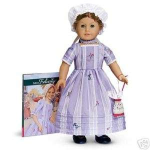 AMERICAN GIRL FELICITY DOLL W/ACCESSORY SET NIB RETIRED