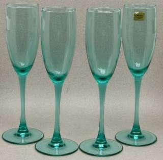 LUMINARC VERRERIE DARQUES FRANCE LIGHT GREEN CHAMPAGNE GLASSES FLUTES