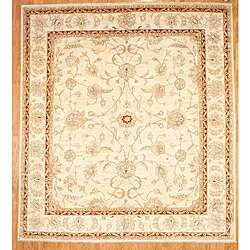 Afghan Hand knotted Oushak Ivory/Beige Wool Rug (116 x 129