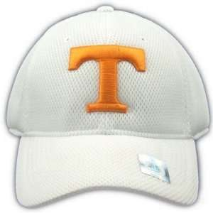 TENNESSEE VOLUNTEERS OFFICIAL NCAA LOGO ONE FIT PERFORMANCE HAT CAP