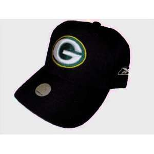 Reebok GREEN BAY PACKERS NFL BLACK Baseball Hat Cap With Embroidered