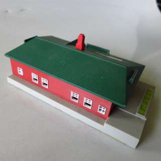14) N Scale BUILDINGS LOT Houses Factory Service Station BACHMANN