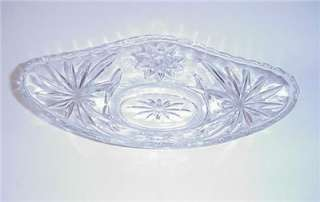 VINTAGE PRESSED GLASS BANANA BOAT ICE CREAM DISHES