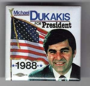 1988 Michael DUKAKIS pinback button American Flag pin