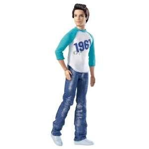 Mattel V3397   Barbie Sporty Ken  Spielzeug
