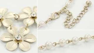 Korean Retro Five Petals White Flowers Fashion Nice Charm Bib Necklace