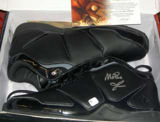 MAGIC JOHNSON AUTOGRAPHED SIGNED SINGLE SHOE GAI c