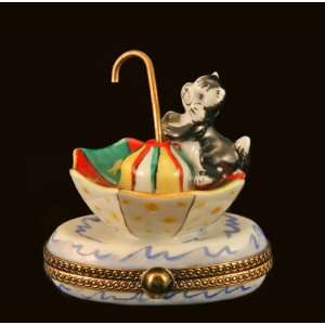Cute Kitty Cat on Umbrella French Limoges Box