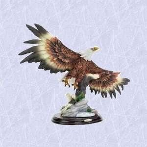 American bald eagle statue home garden sculpture New
