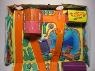 Vintage Mattel Hot Wheels Action City Portable Case Set Track 5158 3