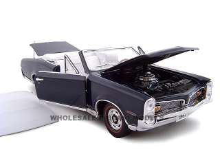 scale diecast model car of 1967 Pontiac GTO Convertible die cast car